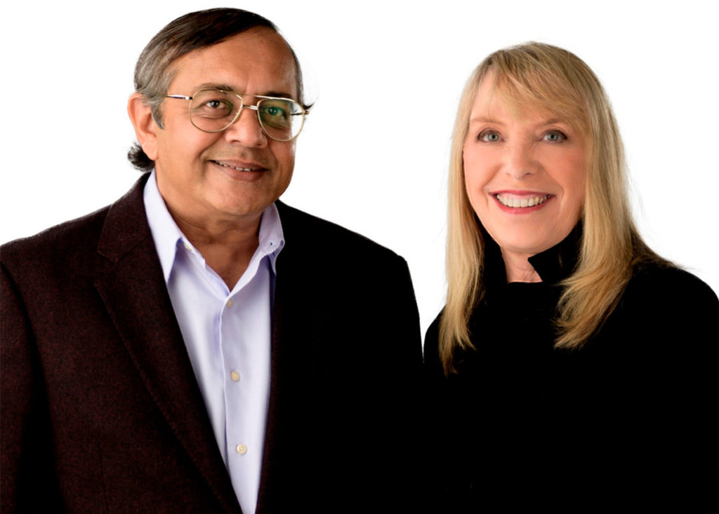 EnGeneIC Co-Founders and Joint CEOs Dr Himanshu Brahmbhatt and Dr Jennifer MacDiarmid